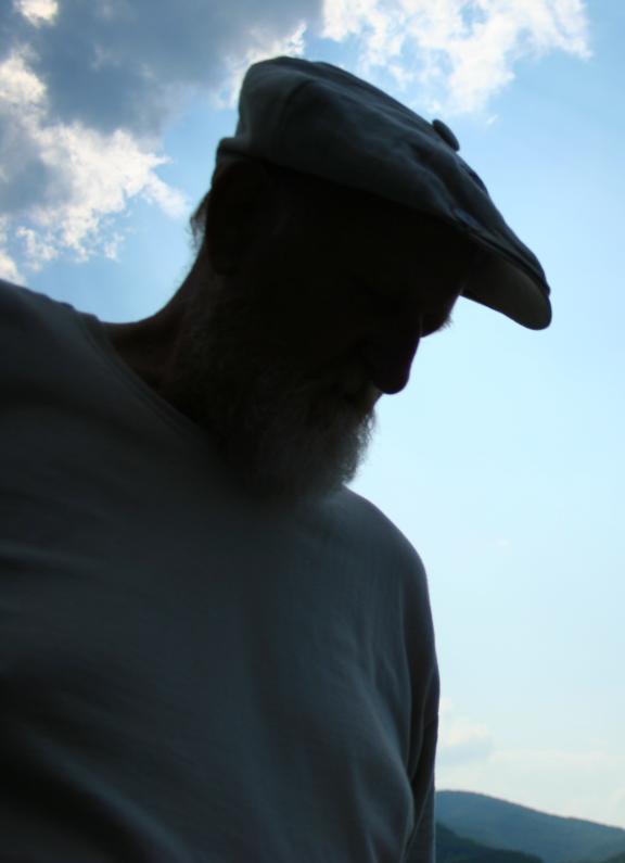 Gigantic Viking Golfer, towering over Oakhurst